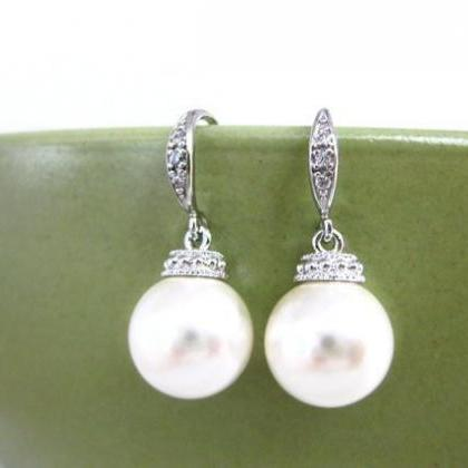 Bridal Pearl Earrings Swarovski 8mm..