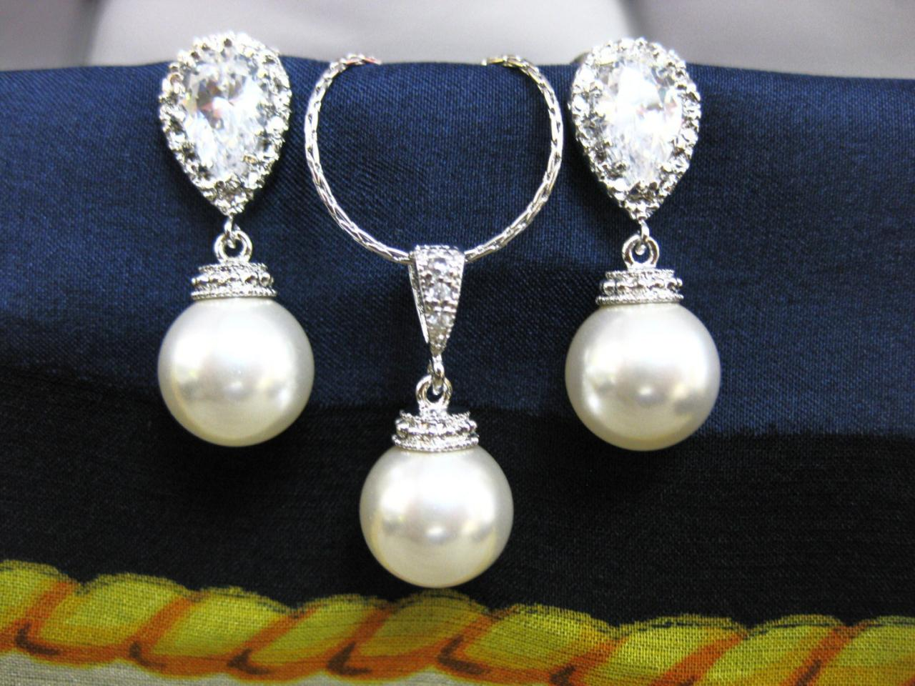 Bridal Pearl Earrings & Necklace Gift Set Wedding Jewelry Bridesmaid Gift Swarovski 10mm Round Pearl Single Pearl Necklace (NE026)