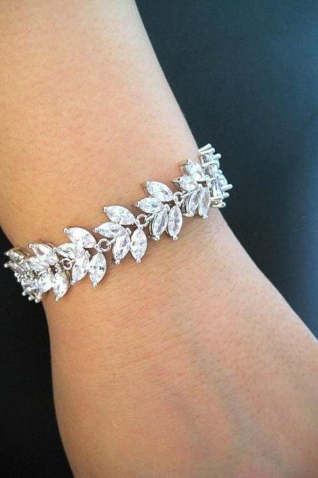 Wedding Bracelet Bridal Bracelet Crystal Clear Bracelet Cubic Zirconia Bracelet Floral Bracelet White Gold Bracelet Wedding Jewelry (B002)