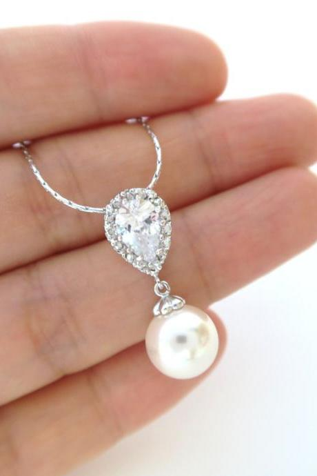Bridal Pearl Necklace Wedding Necklace Swarovski 10mm Round Pearl Wedding Drop Pendant Bridesmaid Gift Cubic Zirconia Pendant (N051)