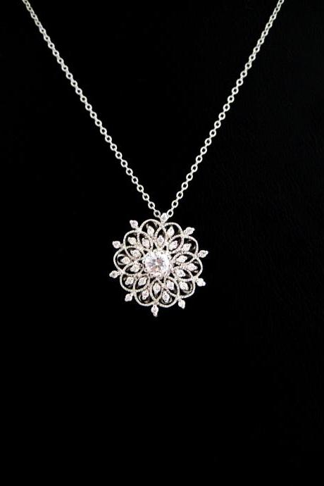 Wedding Vintage Necklace Bridal Charm Floral Necklace Multi-Stone Clear Cubic Zirconia Pendant Round Classic Necklace Bridesmaid Gift (N123)