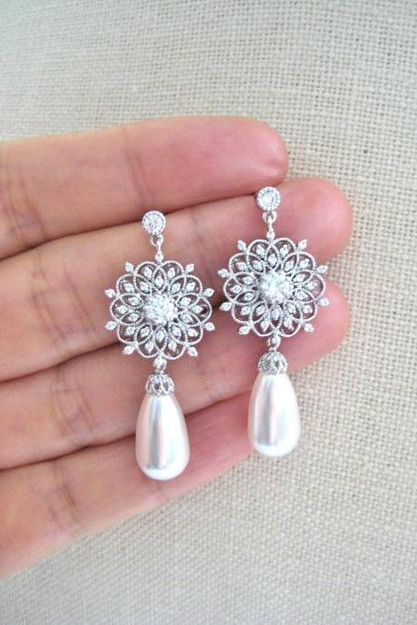 Bridal Pearl Earrings Vintage Wedding Earrings Swarovski Teardrop Pearl Drop Dangle Earrings Chandelier Earrings Bridesmaids Gift (E123)