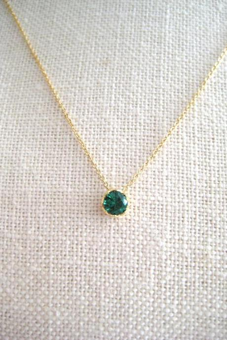 Emerald Green Crystal Charm Necklace May Birthday Stone Necklace Wedding Pendant Minimalist Jewelry Christmas Gift Gold Earrings (N106)