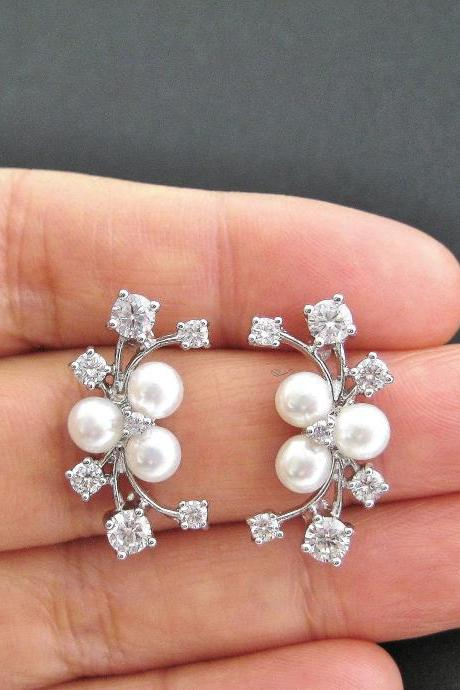 Bridal Pearl Earrings White Freshwater Pearl Wedding Jewelry Cubic Zirconia Multi-Stone Earrings Silver Stud Earrings Bridesmaids Gift(E002)