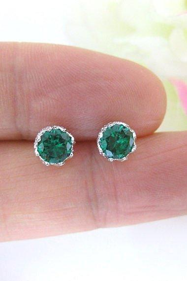 Emerald Green Earrings Cubic Zirconia Stud Earrings Wedding Jewelry Sparky Earrings Minimalist Jewelry Christmas Gift Gold Earrings (E106)